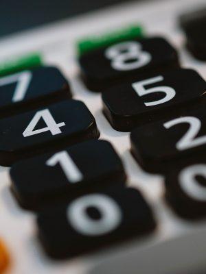 calculator-820330_1920